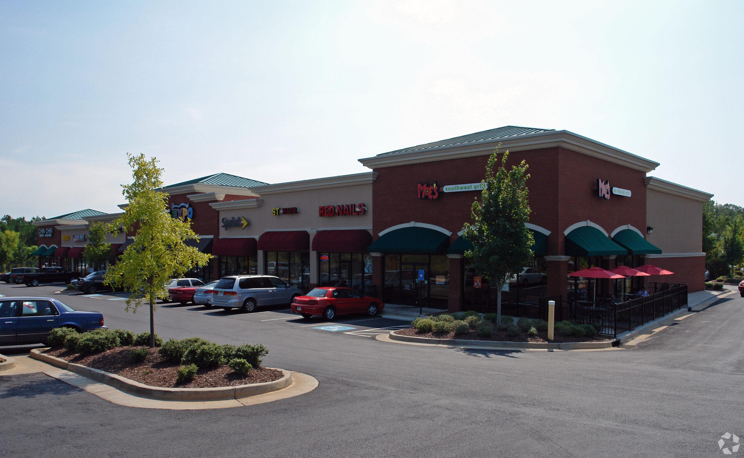 1111 Bullsboro Drive, Newnan, GA 30265